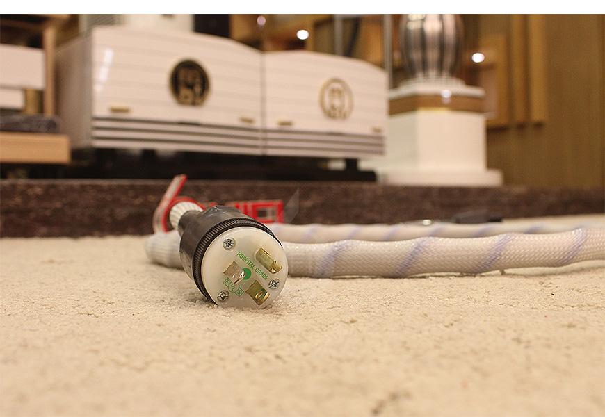 美国蛇皇NBS Omega Extreme IV 奥极四号电源线,蛇皇NBS 电源线