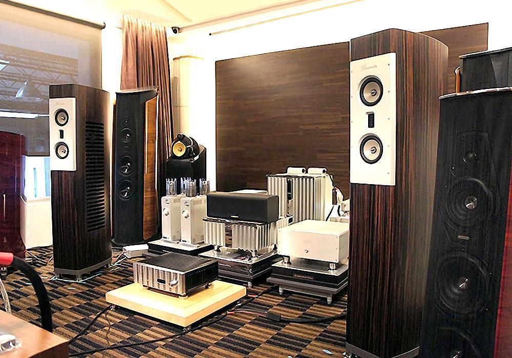 家庭中央音响系统_德国 柏林之声 Burmester B80 MKII--值得回味再三足矣-汇聚Hi-End影音 ...